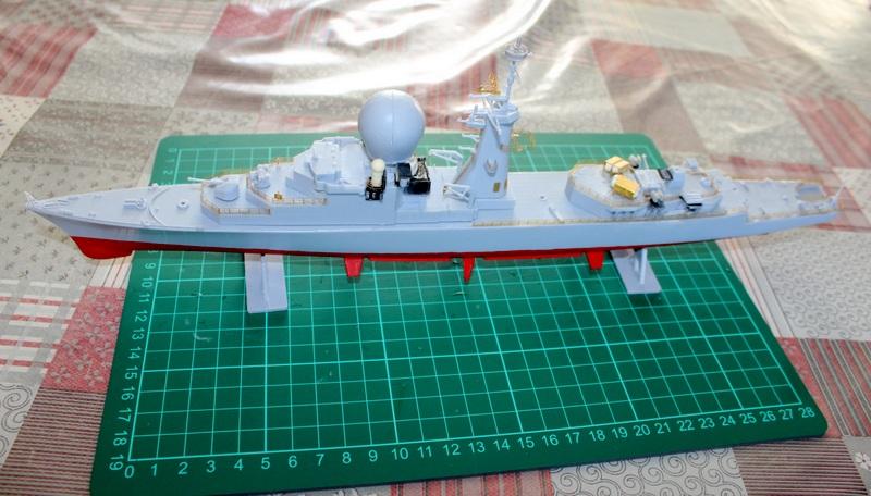 fregate duquesne heller 1/400 Img_7823