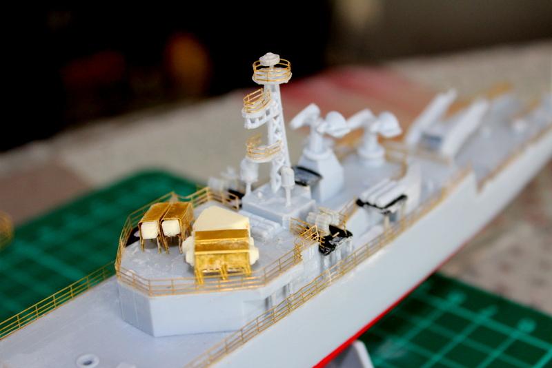 fregate duquesne heller 1/400 Img_7828