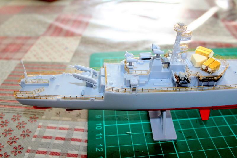 fregate duquesne heller 1/400 Img_7833