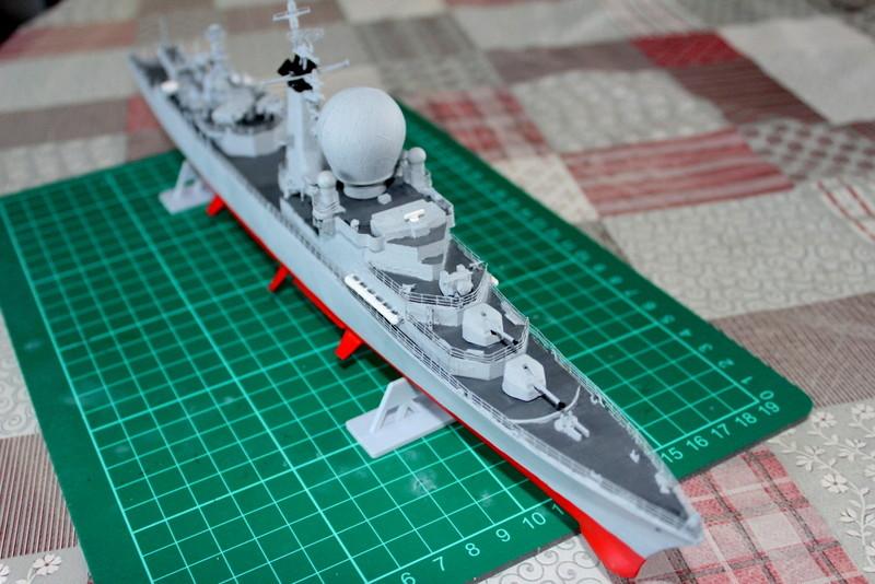 fregate duquesne heller 1/400 Img_7834