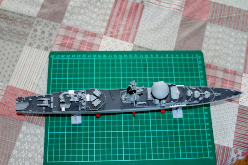 fregate duquesne heller 1/400 Img_7836