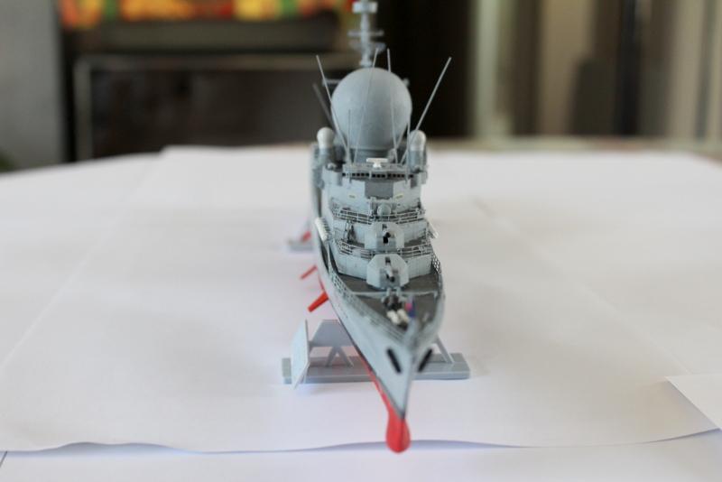 fregate duquesne heller 1/400 Img_8410