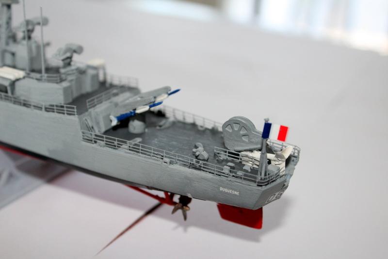 fregate duquesne heller 1/400 Img_8415