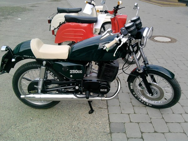 Transformations Cafe Racer 11110