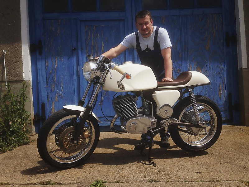 Transformations Cafe Racer 6110