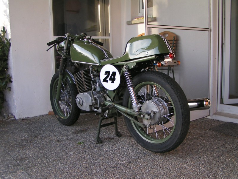Transformations Cafe Racer 8110