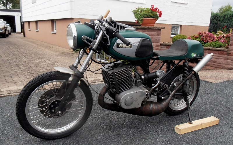 Transformations Cafe Racer 9110