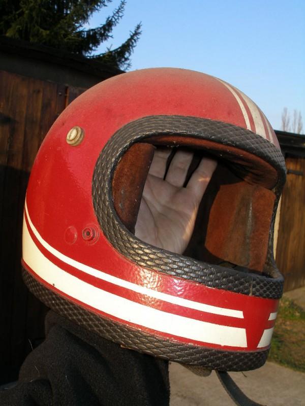Musée virtuel : casques et motos Helm_a10