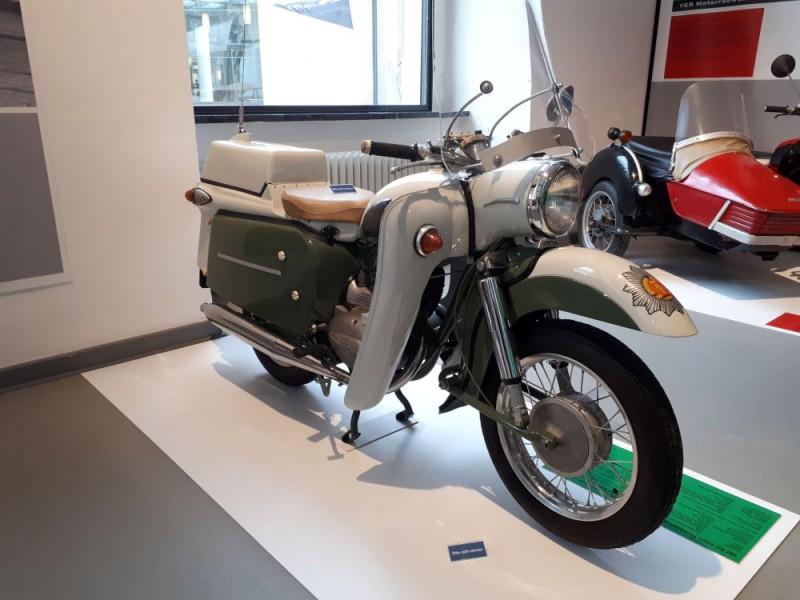 Musées de la moto etc. Vopo-r10