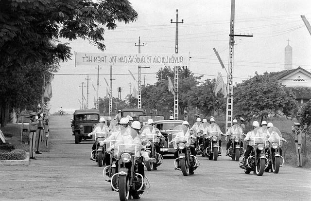 Hồi tưởng lại hai nền Đệ Nhất và Đệ Nhị Cộng Hòa của Nam Việt Nam cách nay 60 năm. - Page 2 50pa3q10