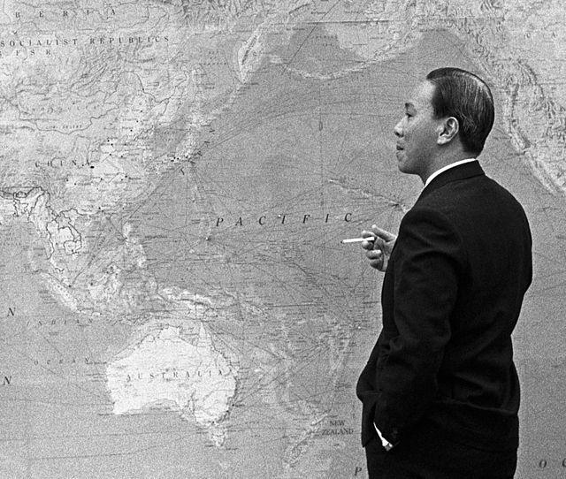 Hồi tưởng lại hai nền Đệ Nhất và Đệ Nhị Cộng Hòa của Nam Việt Nam cách nay 60 năm. - Page 2 640px-10