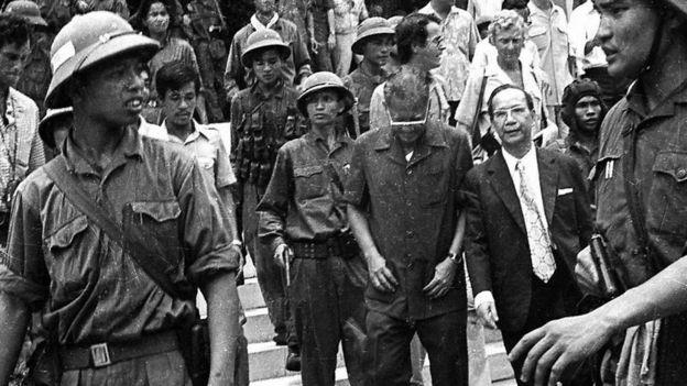 Hồi tưởng lại hai nền Đệ Nhất và Đệ Nhị Cộng Hòa của Nam Việt Nam cách nay 60 năm. - Page 2 _9581510