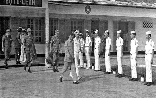 Hồi tưởng lại hai nền Đệ Nhất và Đệ Nhị Cộng Hòa của Nam Việt Nam cách nay 60 năm. - Page 2 Oie_2617