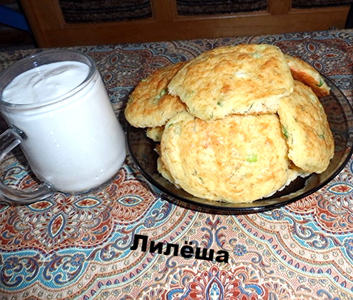 Сырные лепёшки с зеленью 4e45b810
