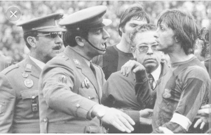 FOTOS HISTORICAS O CHULAS  DE FUTBOL - Página 2 Screen57