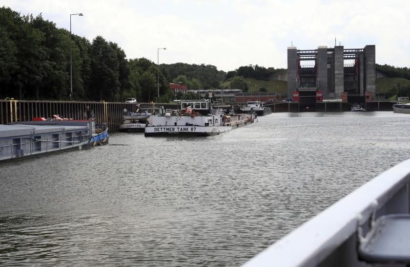 Schiffshebewerk Scharbebeck Scharn17