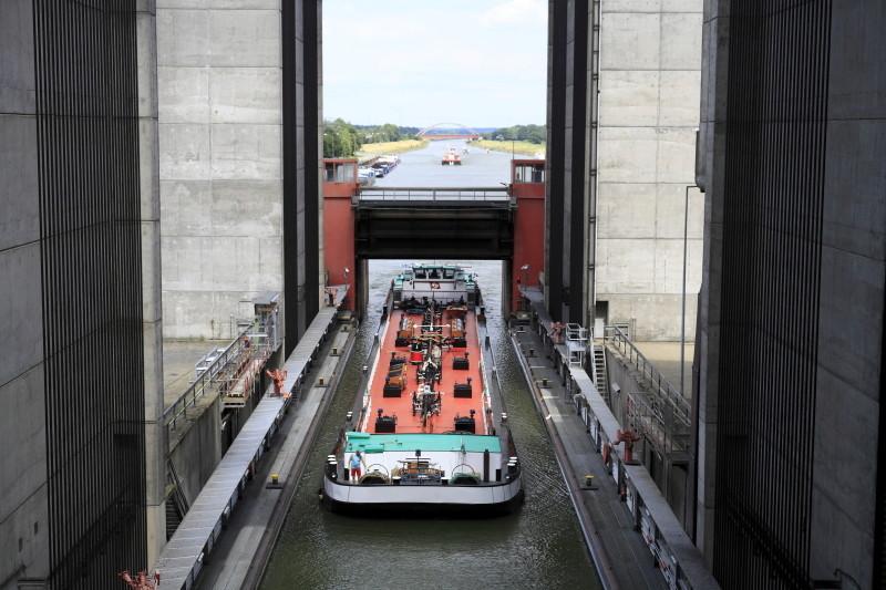 Schiffshebewerk Scharbebeck Scharn18