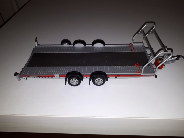 Brian James Trailers ( Remolque 1/24) 20170974