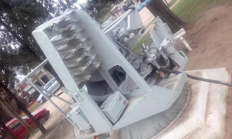 Montaje Simple Bofors 40mm MK.VII - Colón Entre Rios Cameri31