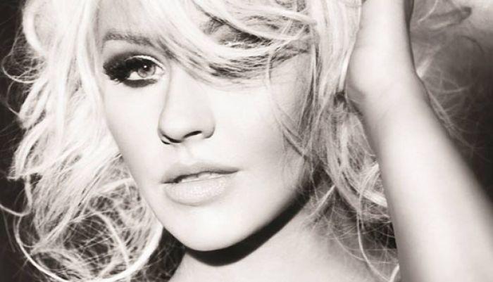 Christina Aguilera Icemax11
