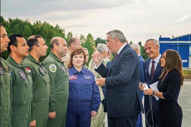 """مصر تستعد لإستلام ـ46 مروحية """"التمساح"""" لتكون أول دولة في العالم تحصل علي طراز'' كا-52'' من روسيا - صفحة 4 Ka-52e10"""
