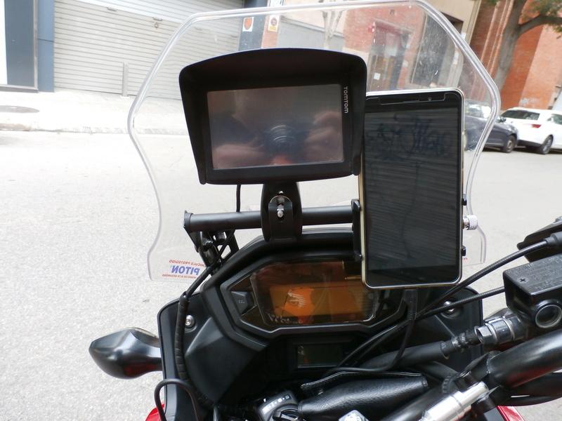 Soporte GPS , Movil etc - Página 2 P8160010