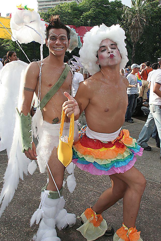 IMÁGENES DE HOMOSEXUALES Aa1013