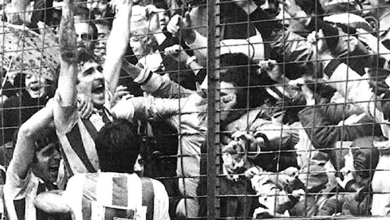 FOTOS HISTORICAS O CHULAS  DE FUTBOL Zam10