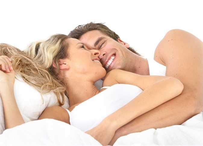هل الشعور بألم خلال العلاقة الحميمة أمر طبيعي؟ 63755810