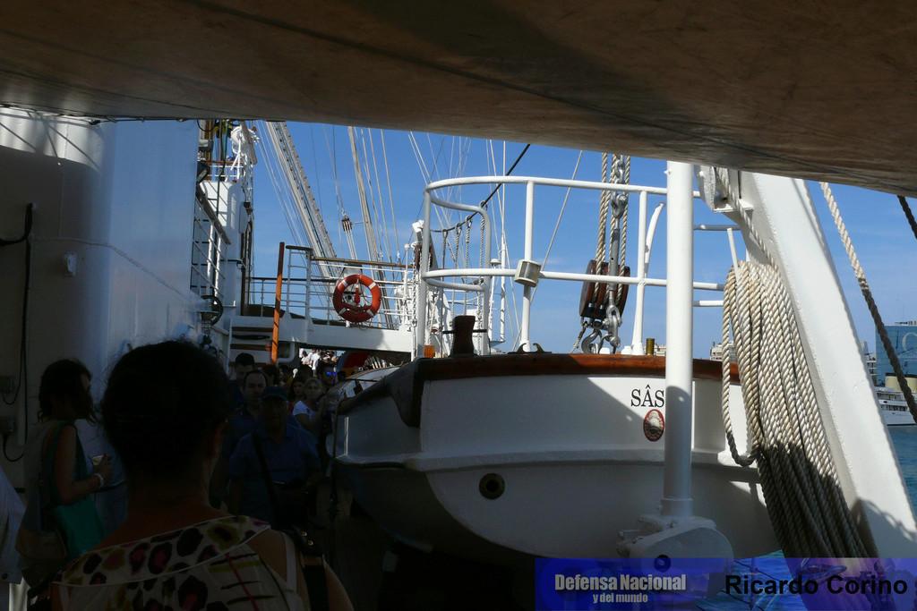 La Fragata Libertad en el puerto de Barcelona. P1170841