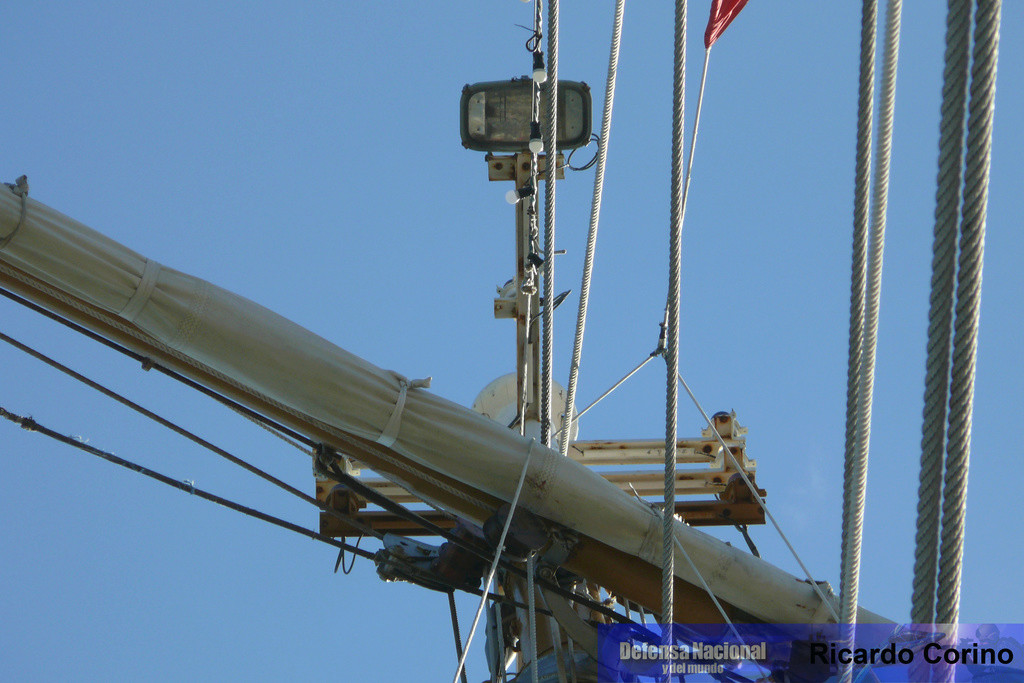 La Fragata Libertad en el puerto de Barcelona. P1170850