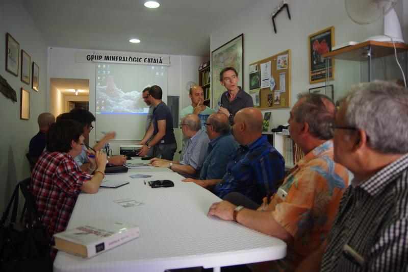 Presentació del Projecte Twin Collections de la Universitat de Barcelona al local social del Grup Mineralògic Català  211