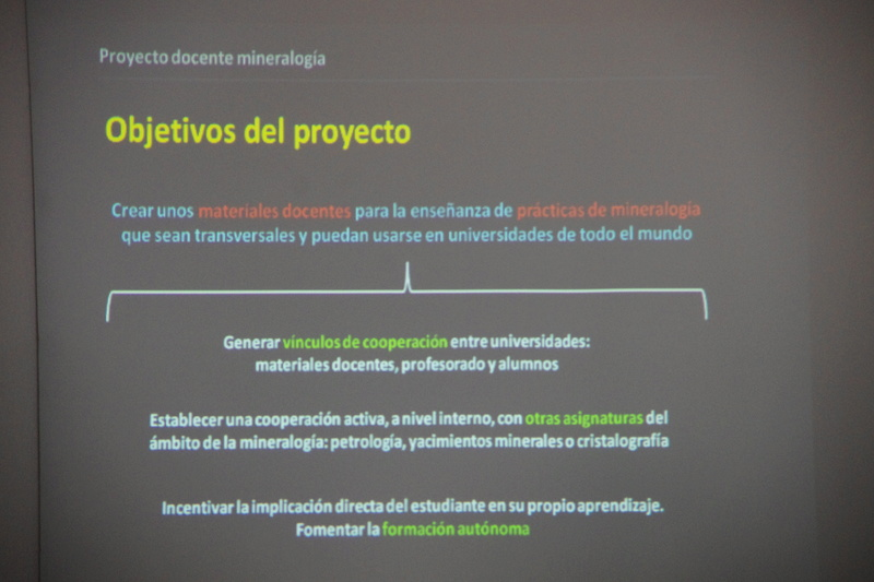 Presentació del Projecte Twin Collections de la Universitat de Barcelona al local social del Grup Mineralògic Català  610