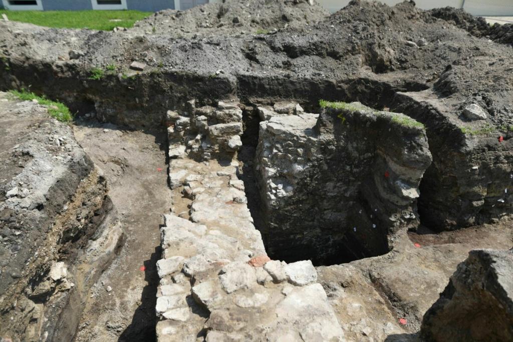 Najnovšie archeologické výskumy na Slovensku - Stránka 2 42571610