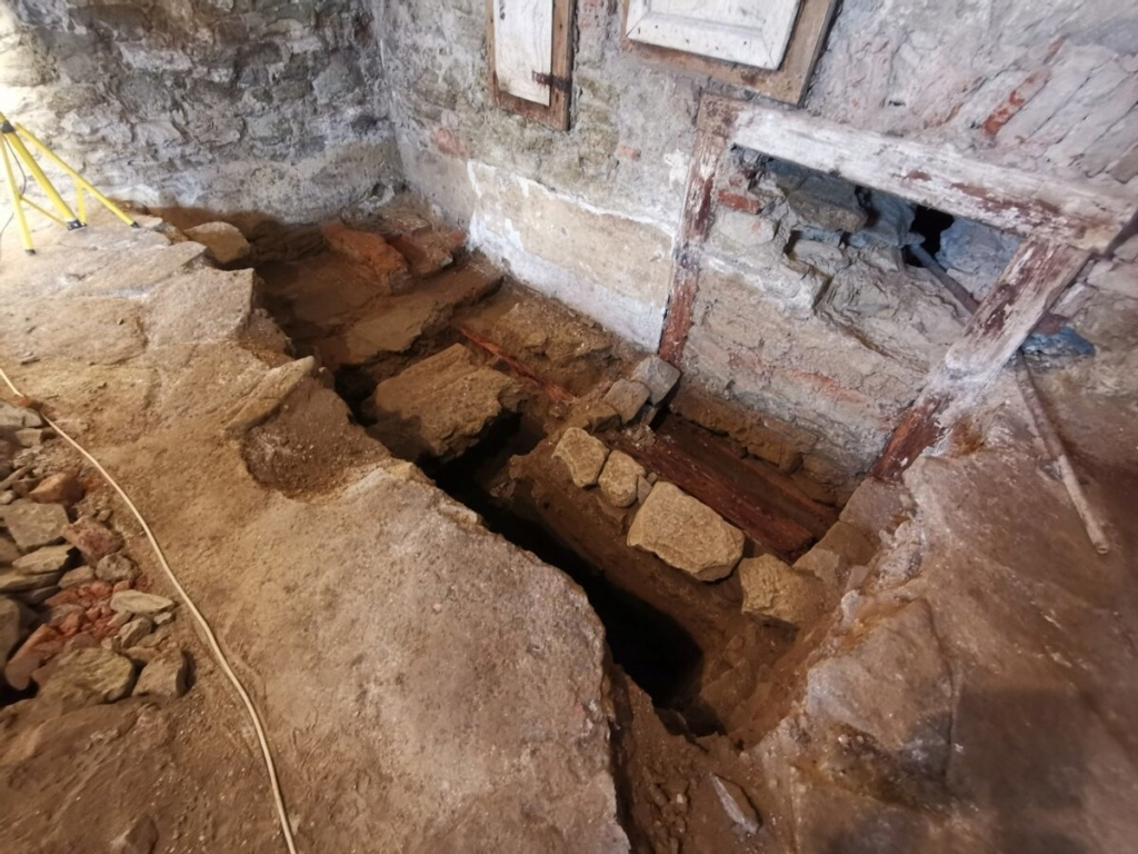 Najnovšie archeologické výskumy na Slovensku - Stránka 2 64316510