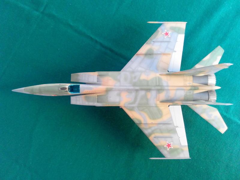 MiG-25RBF, ICM 1/48 Img_2012