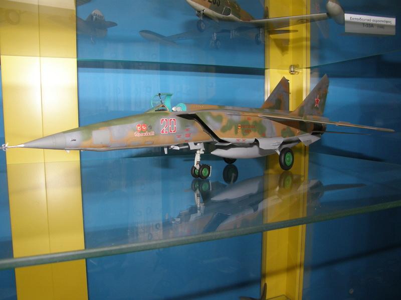 MiG-25RBF, ICM 1/48 P8200013