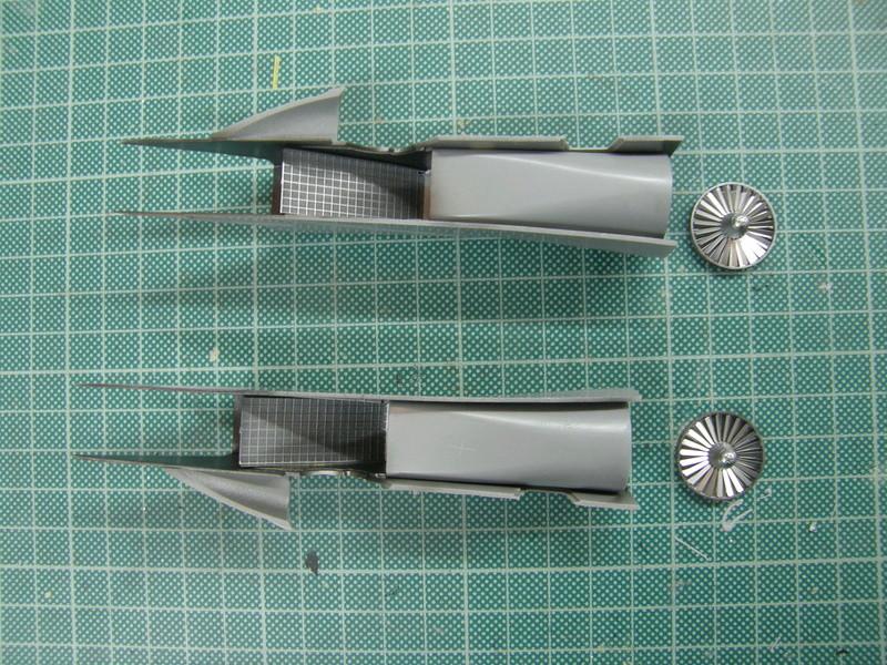 Su-33, Kinetic 1/48 P9250024
