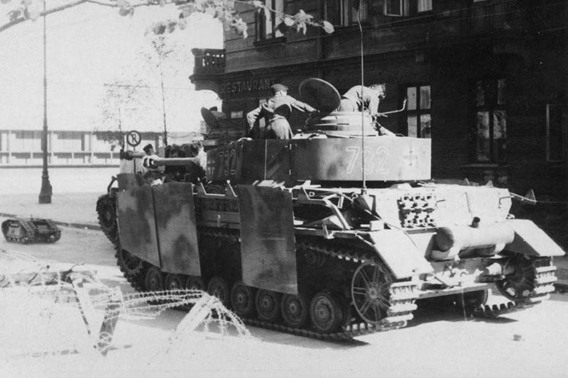 Ευρώπη  1940 - 45 ? ? ? Panzer10