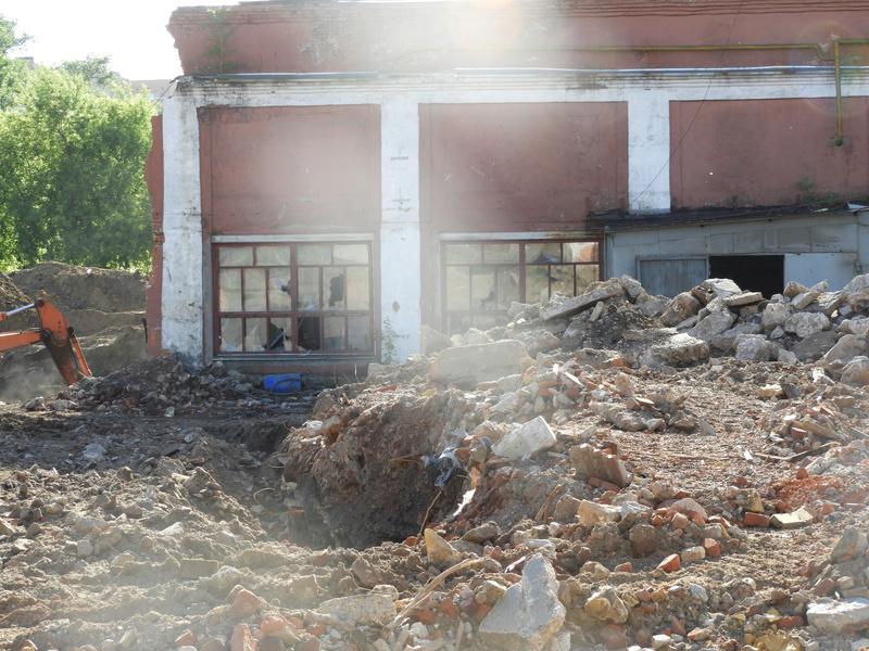 """ЖК """"Серебряный фонтан"""": снос промпомещений под первую очередь строительства почти завершен 7210"""
