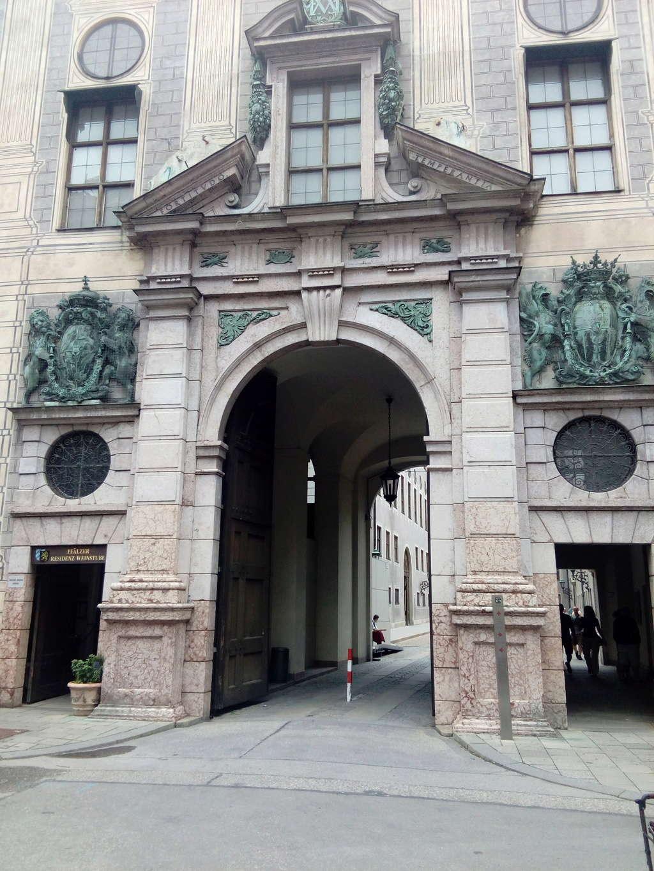 Una bonita exposición en Munich Dkuop10