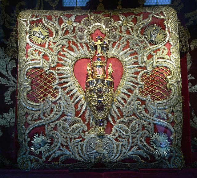 Cinco Llagas de Cristo / Relicario Santa  Sangre de Weissenau, S. XVIII (R.M. S.XVIII-C142) 665px-10