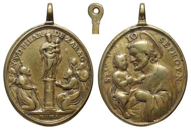 Iconografía de  la VIRGEN DEL  PILAR  en las medallas devocionales Insvla11