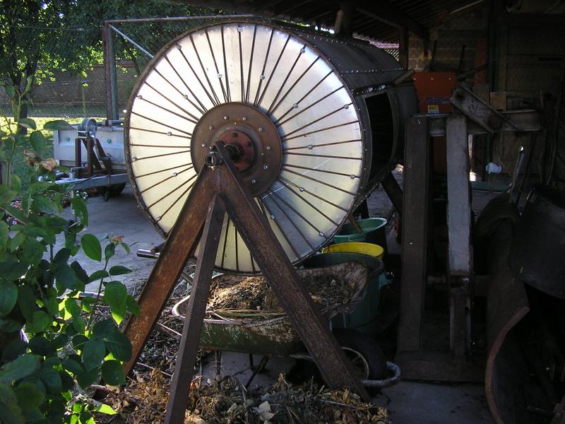 Rénovation de mon composteur (les photos datent de 2011) P1010011