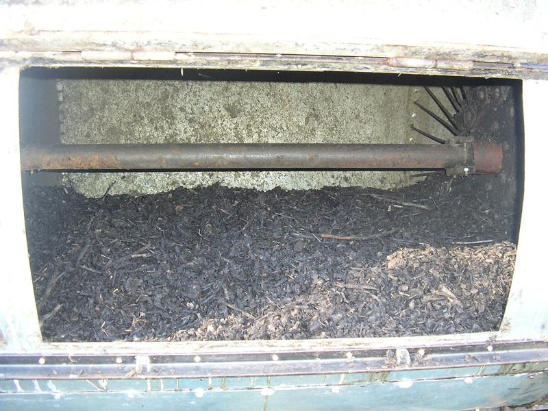 Rénovation de mon composteur (les photos datent de 2011) P1010013