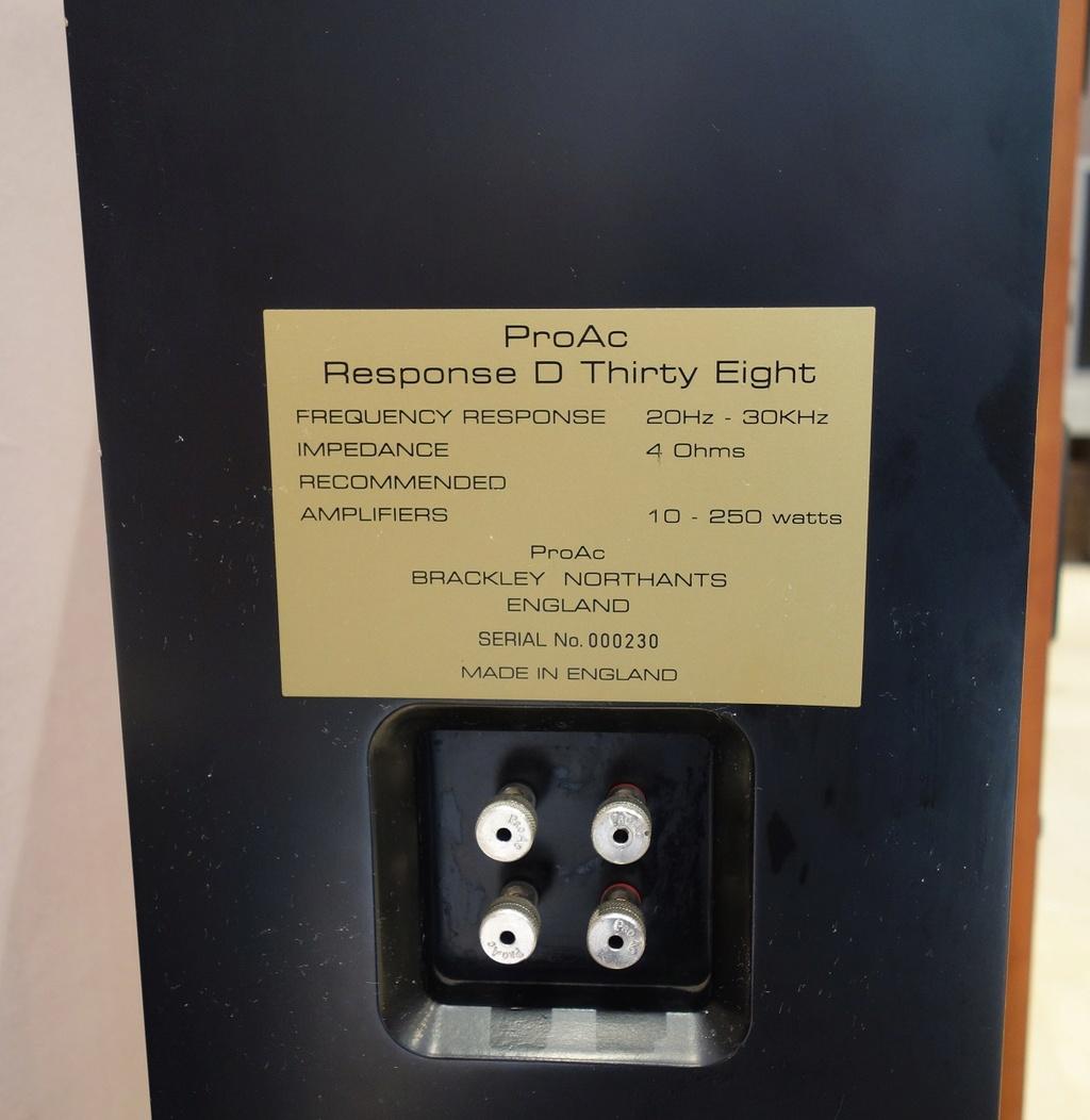 ProAc Response D38 - ¡VENDIDAS! Proacd15