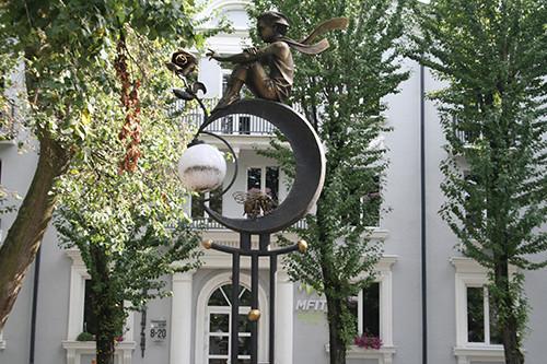 Кованые фонари-скульптуры и другие арт-объекты г. Бреста Img_0426