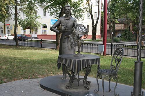 Кованые фонари-скульптуры и другие арт-объекты г. Бреста Img_0428