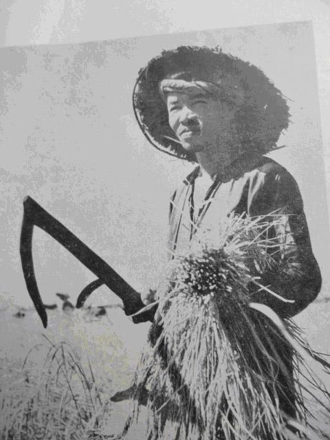 Sau 50 Năm Đọc Lại Quốc Văn Giáo Khoa Thư (GS Trần Văn Chi) - Page 3 Nongcu10