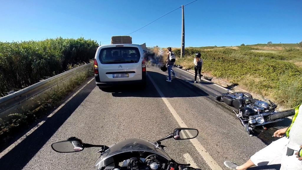 Acidente Grave em Loures - Carro em Contramão!  Sem_ty12